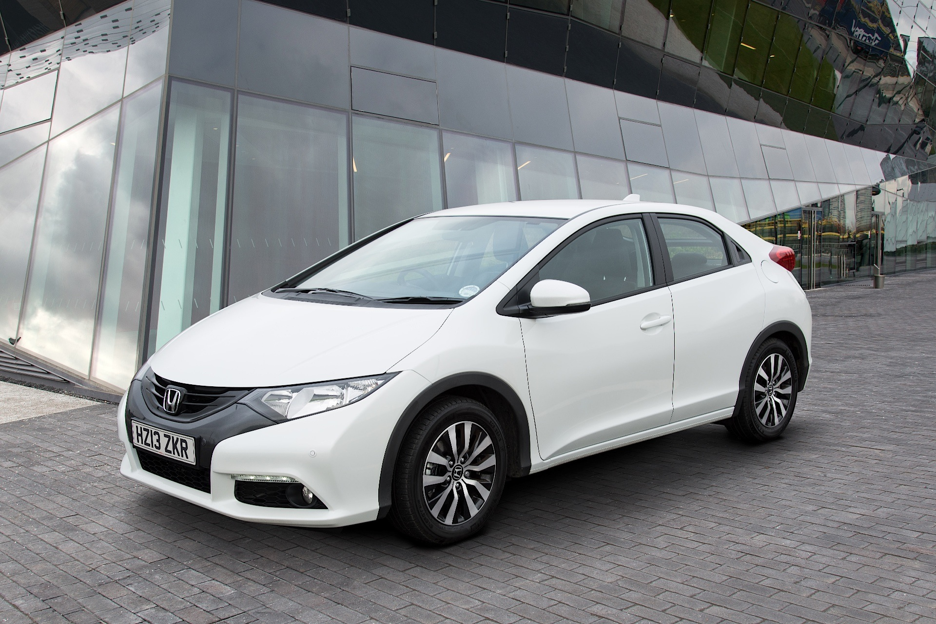... HONDA Civic 5 Doors (2012 - 2015) ...