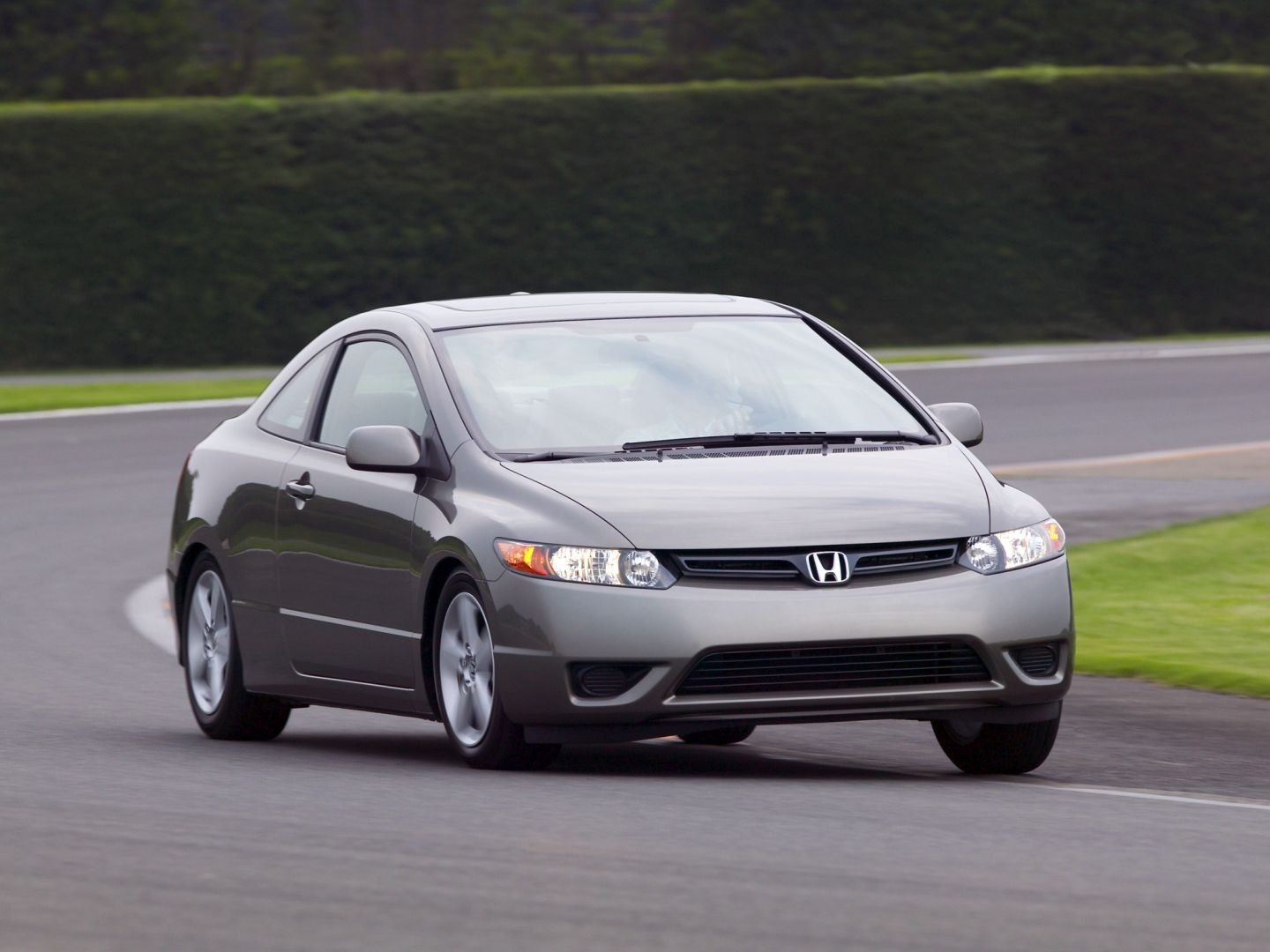 honda civic coupe si specs 2006 2007 2008 autoevolution. Black Bedroom Furniture Sets. Home Design Ideas