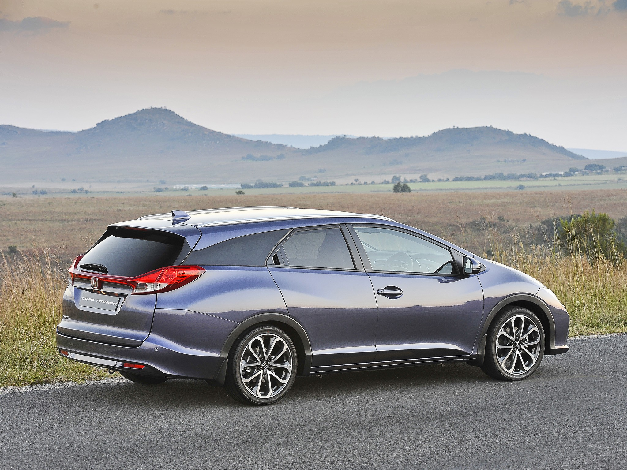 2017 Honda Civic Gas Mileage >> HONDA Civic Tourer specs & photos - 2013, 2014, 2015, 2016, 2017, 2018 - autoevolution