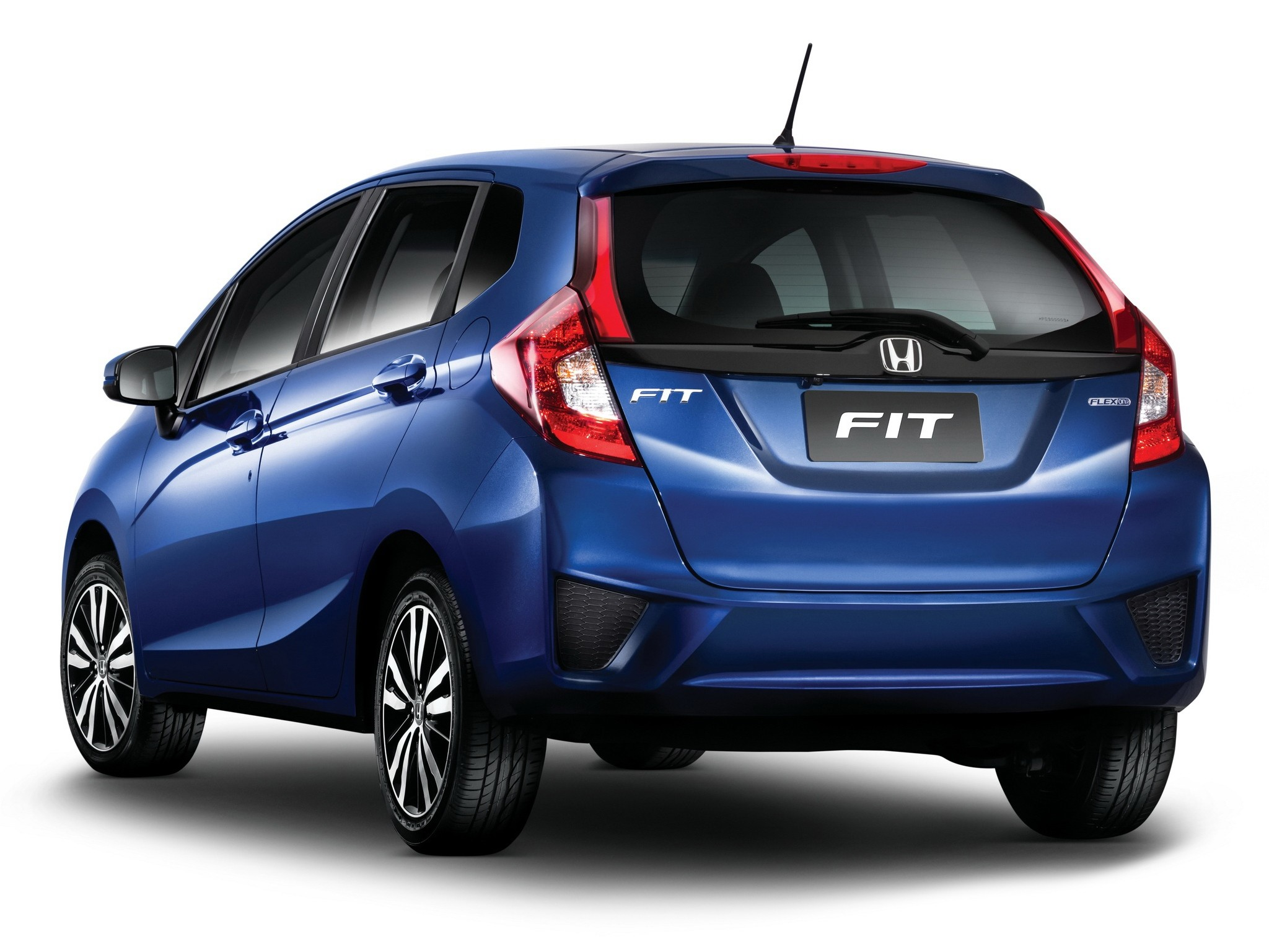 honda jazz fit specs 2013 2014 2015 2016 2017 autoevolution. Black Bedroom Furniture Sets. Home Design Ideas