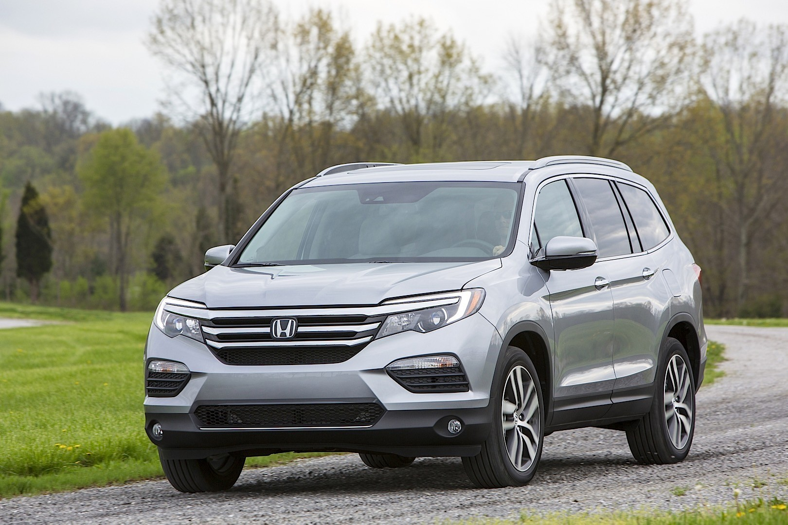 Honda pilot specs 2016 2017 2018 autoevolution for New honda pilot 2017