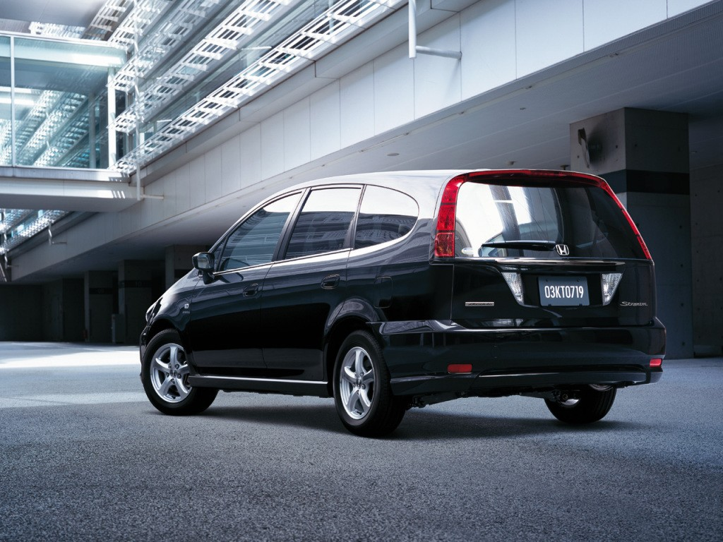 Kekurangan Honda Stream 2004 Review