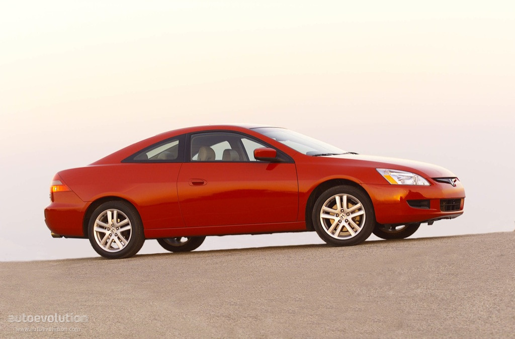 Perfect HONDA Accord Coupe US (2003   2005) ...