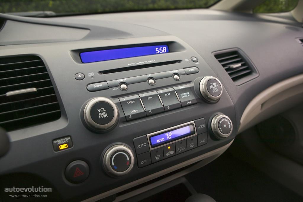 HONDA Civic Sedan US specs & photos - 2005, 2006, 2007, 2008 - autoevolution