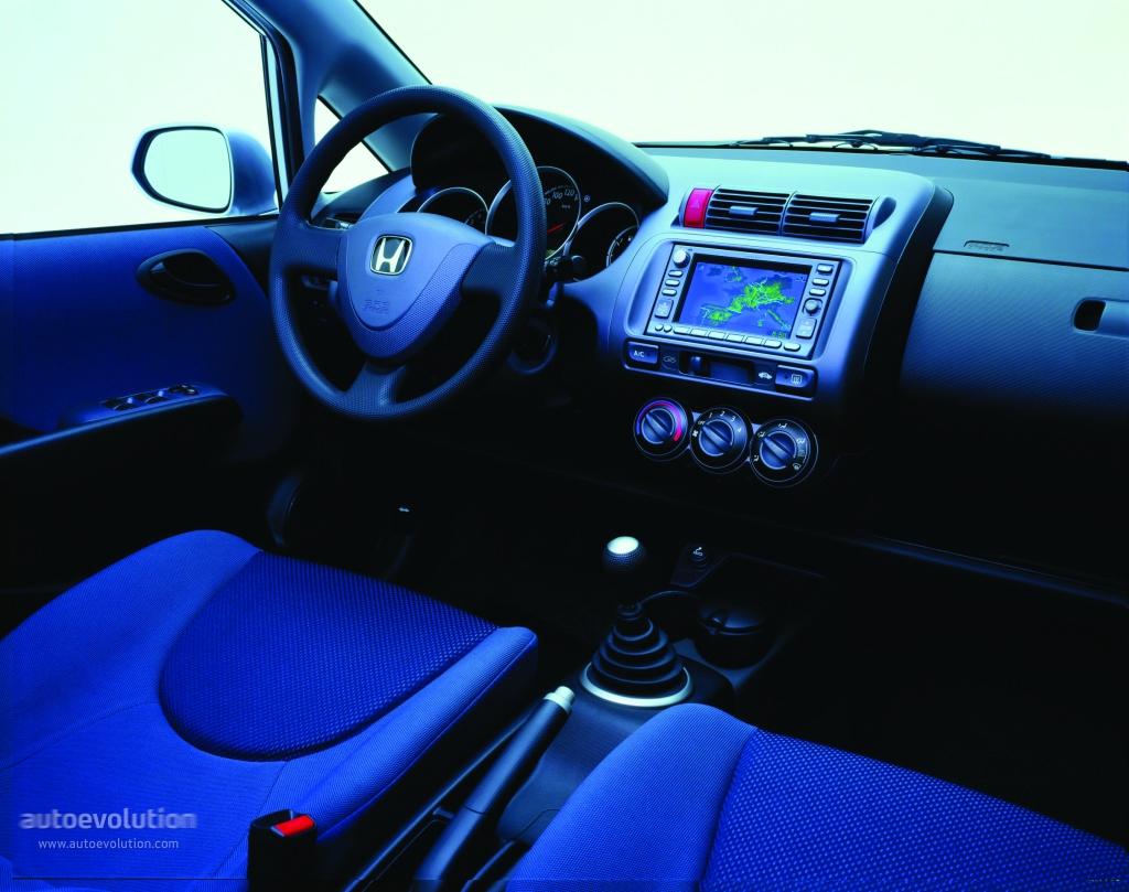 Kelebihan Kekurangan Honda Jazz 2002 Spesifikasi