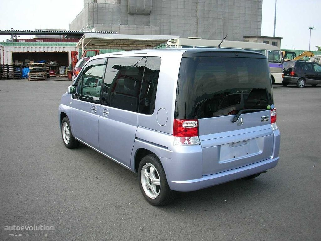 HONDA Mobilio specs & photos - 2004, 2005, 2006, 2007 ...