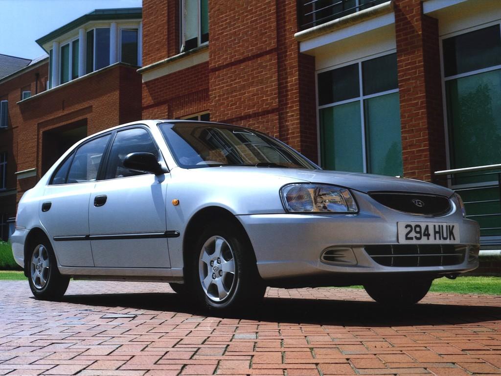 Hyundai Accent 4 Doors Specs 1999 2000 2001 2002