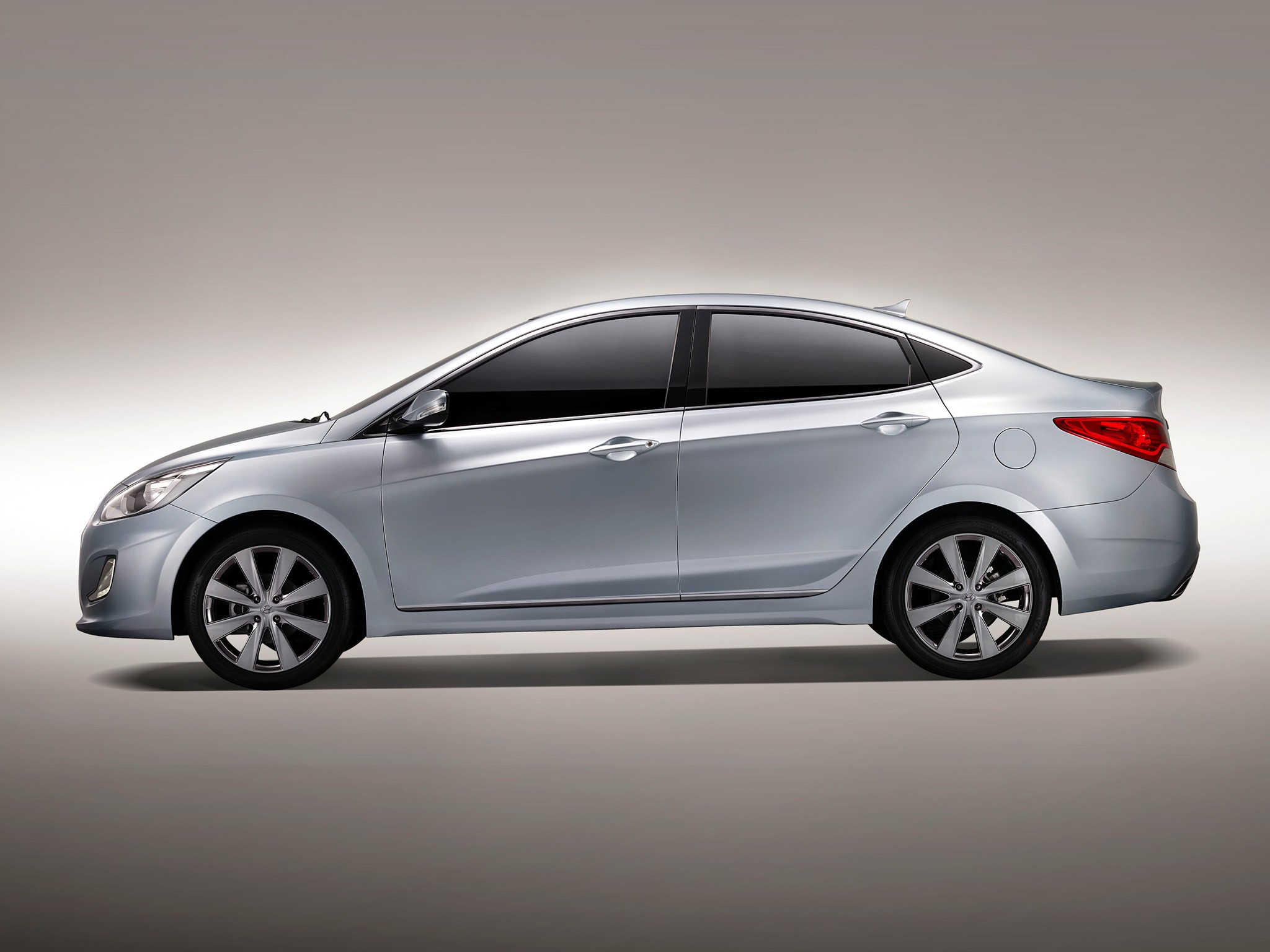 Hyundai Accent Rb Tuning >> HYUNDAI Accent 4 Doors specs - 2011, 2012, 2013, 2014, 2015, 2016, 2017 - autoevolution