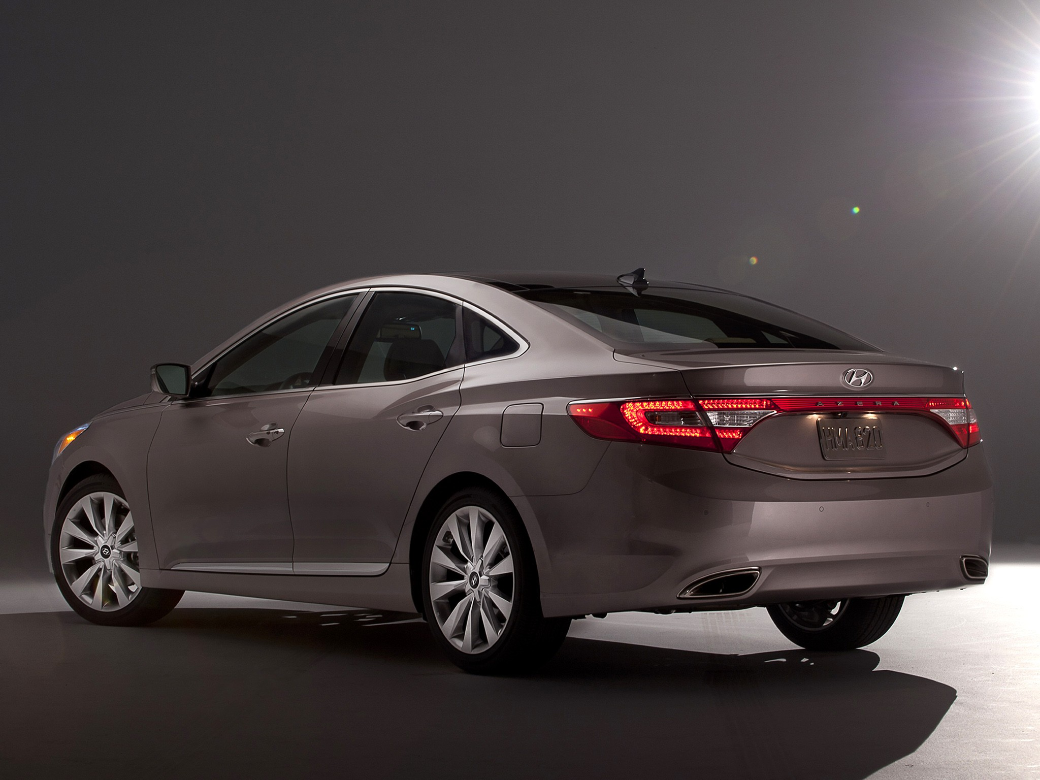 arabia drive revealed tag in korea as news azera grandeur hyundai