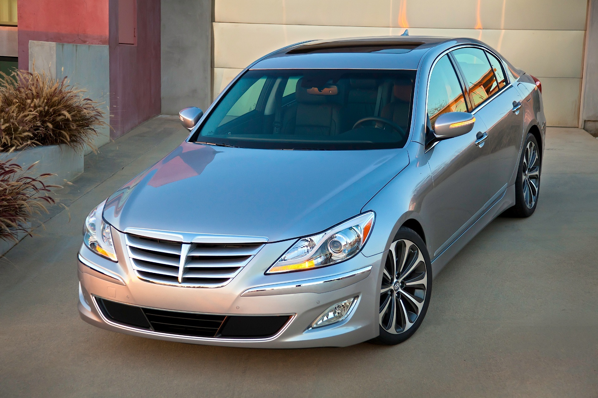 Hyundai Genesis Specs 2008 2009 2010 2011 2012 2013