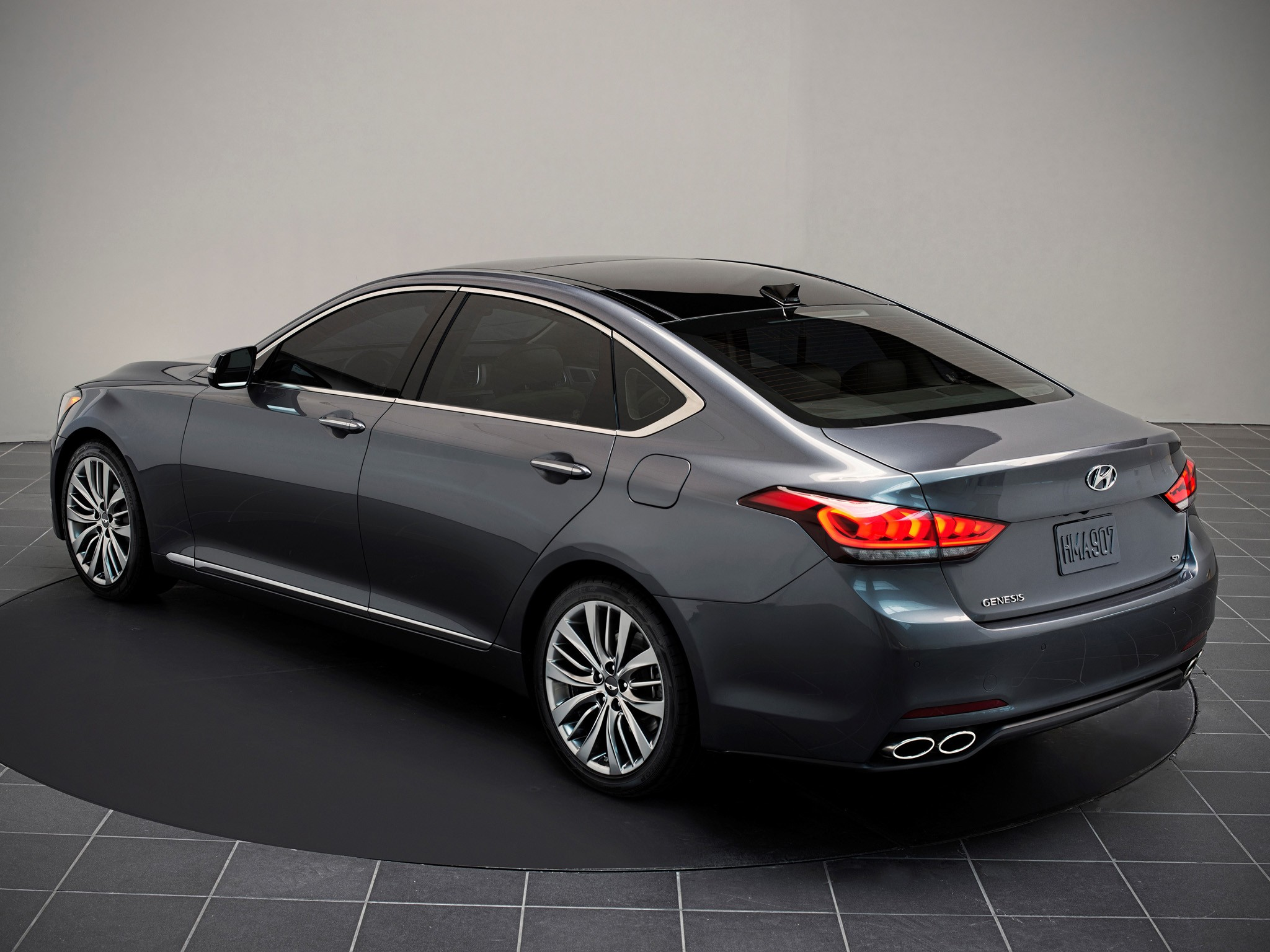 hyundai genesis specs 2014 2015 2016 autoevolution. Black Bedroom Furniture Sets. Home Design Ideas