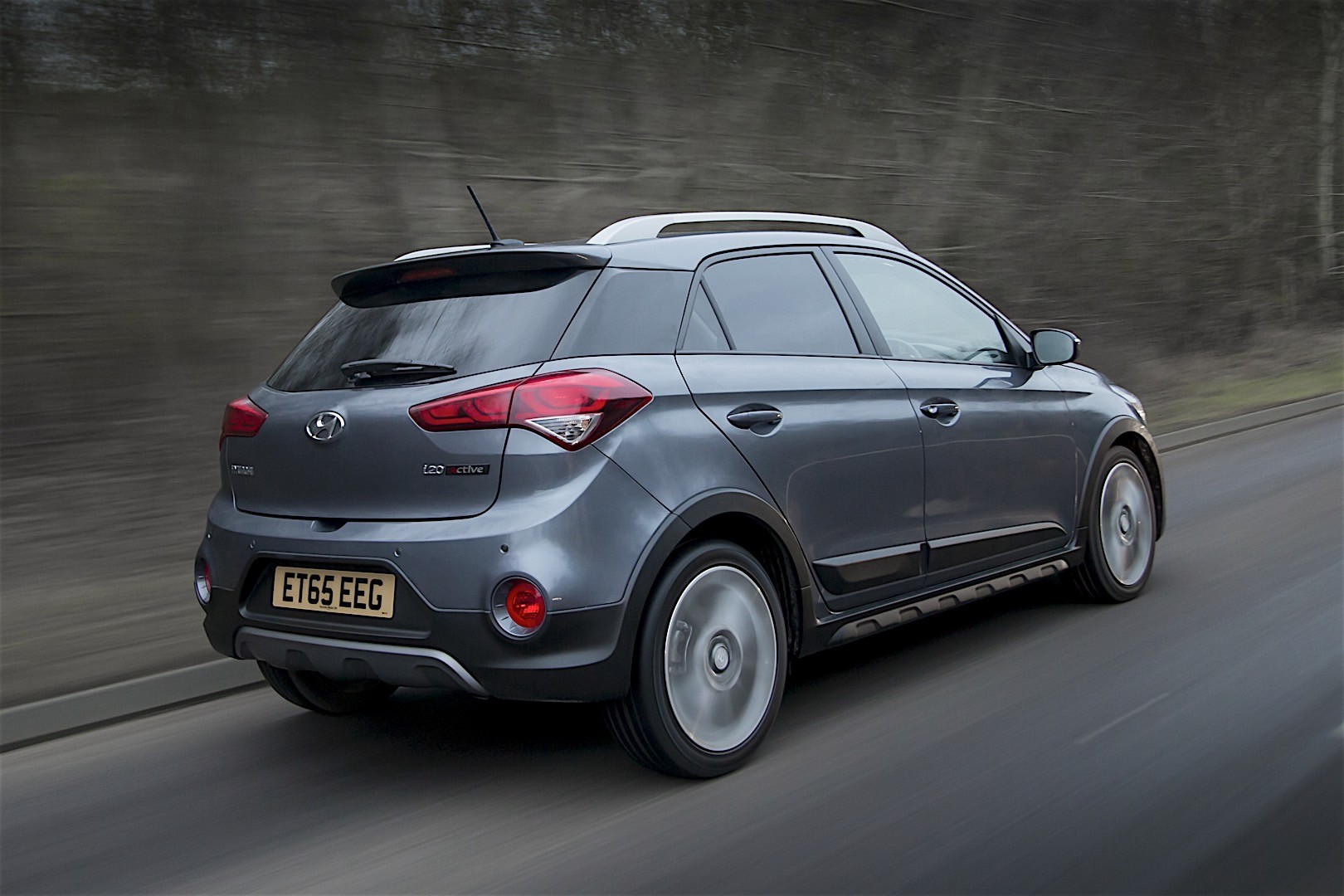 HYUNDAI i20 Active specs & photos - 2015, 2016, 2017, 2018 ...