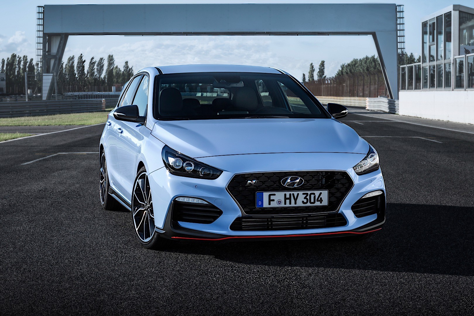 hyundai i30 n specs 2017 2018 autoevolution. Black Bedroom Furniture Sets. Home Design Ideas