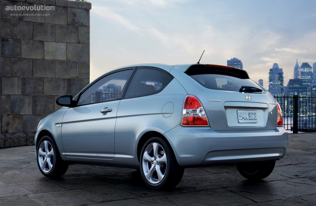 Hyundai Accent Hatchback >> HYUNDAI Accent 3 Doors specs & photos - 2006, 2007, 2008 ...