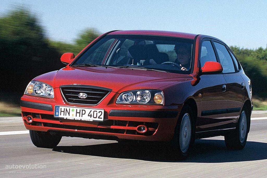 hyundai elantra 5 doors specs photos 2003 2004 2005 2006 autoevolution hyundai elantra 5 doors specs photos