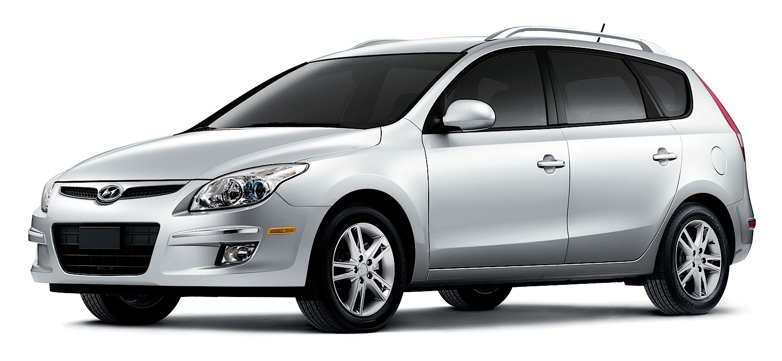 Hyundai Elantra Touring Specs Amp Photos 2009 2010 2011