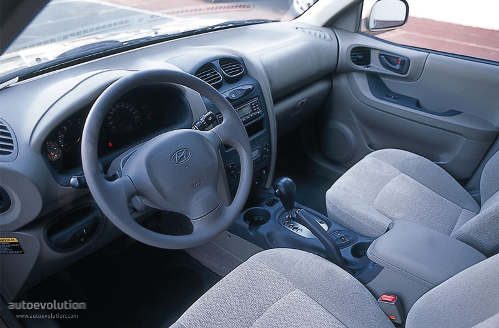 hyundai santa fe specs photos 2000 2001 2002 2003 2004 autoevolution hyundai santa fe specs photos 2000