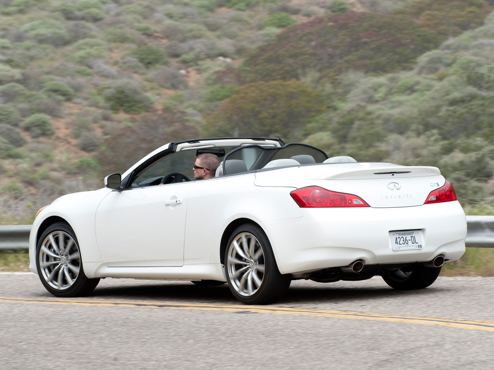 infiniti g37 convertible by - photo #1