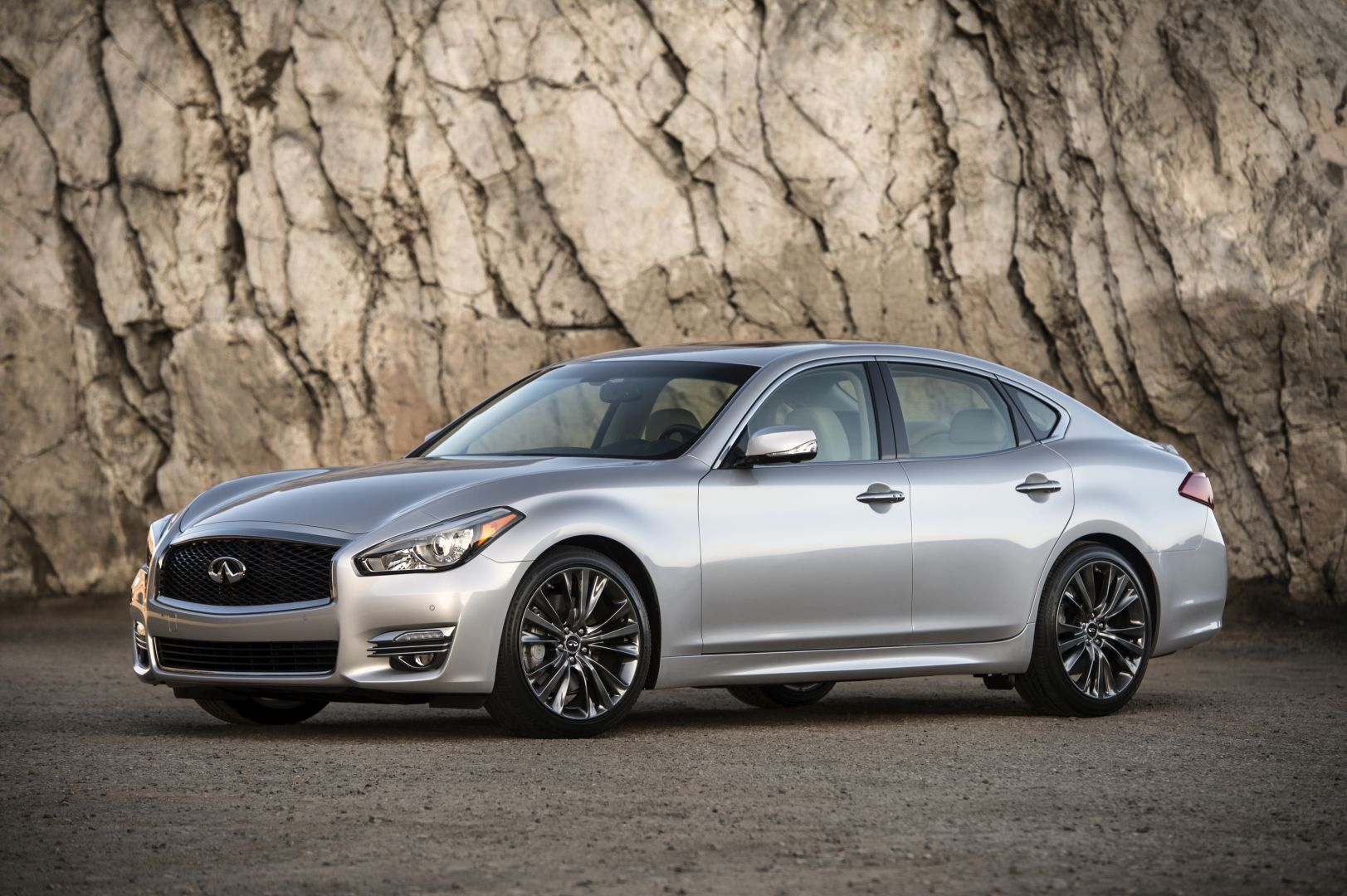 2020 Infiniti Q70 Release Date and Concept