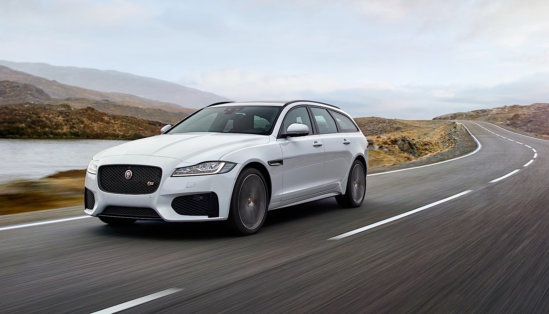 jaguar xf sportbrake specs 2017 2018 autoevolution. Black Bedroom Furniture Sets. Home Design Ideas