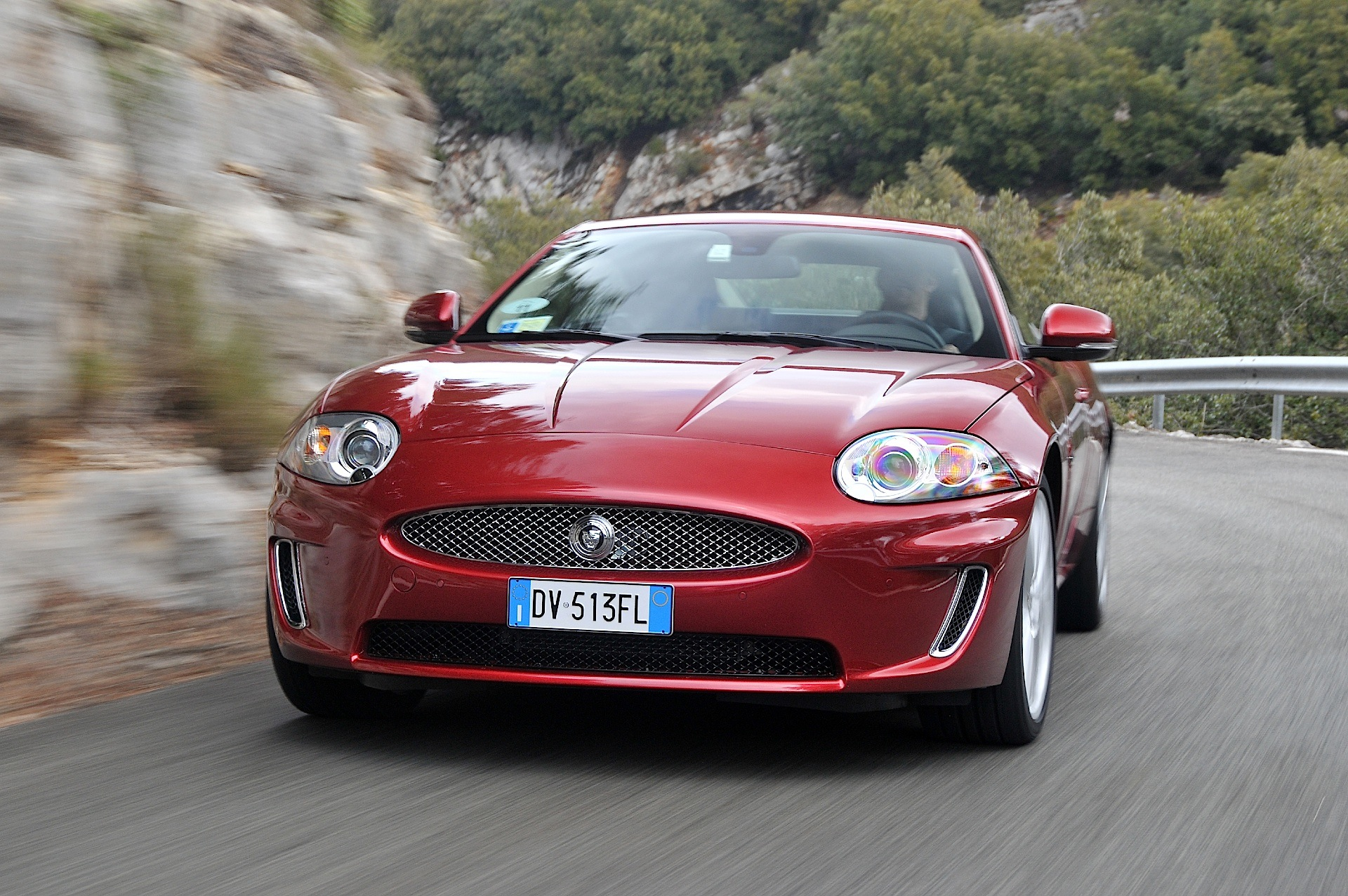 Jaguar Xk Specs Amp Photos 2010 2011 2012 2013 2014