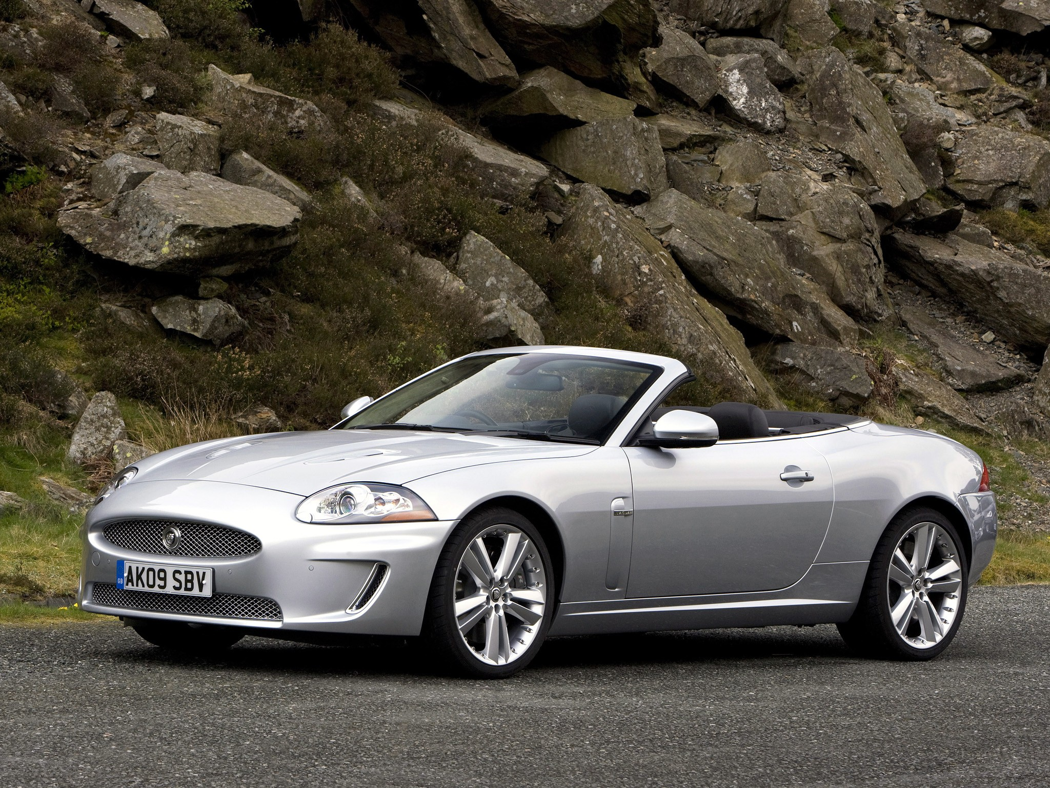 jaguar xkr convertible specs 2009 2010 2011 2012 2013 2014 autoevolution. Black Bedroom Furniture Sets. Home Design Ideas