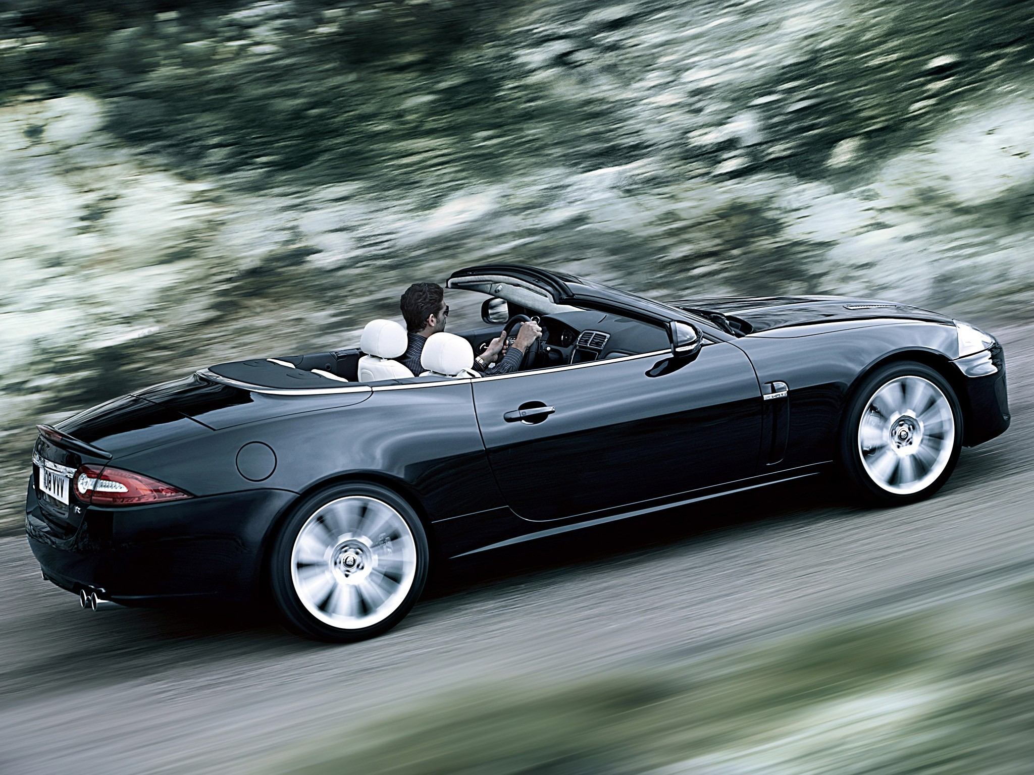 jaguar xkr convertible specs 2009 2010 2011 2012. Black Bedroom Furniture Sets. Home Design Ideas
