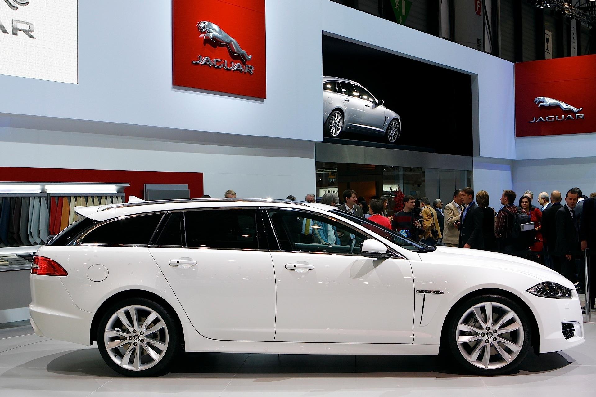 jaguar xf sportbrake specs 2012 2013 2014 2015 autoevolution. Black Bedroom Furniture Sets. Home Design Ideas