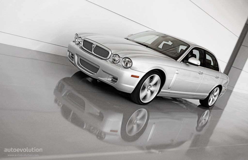 Jaguar Xjr Specs 2007 2008 2009 2010 Autoevolution