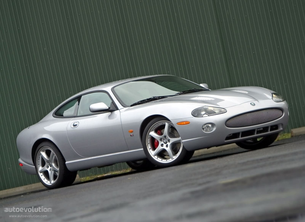 jaguar xkr specs photos 2002 2003 2004 2005 2006 autoevolution. Black Bedroom Furniture Sets. Home Design Ideas