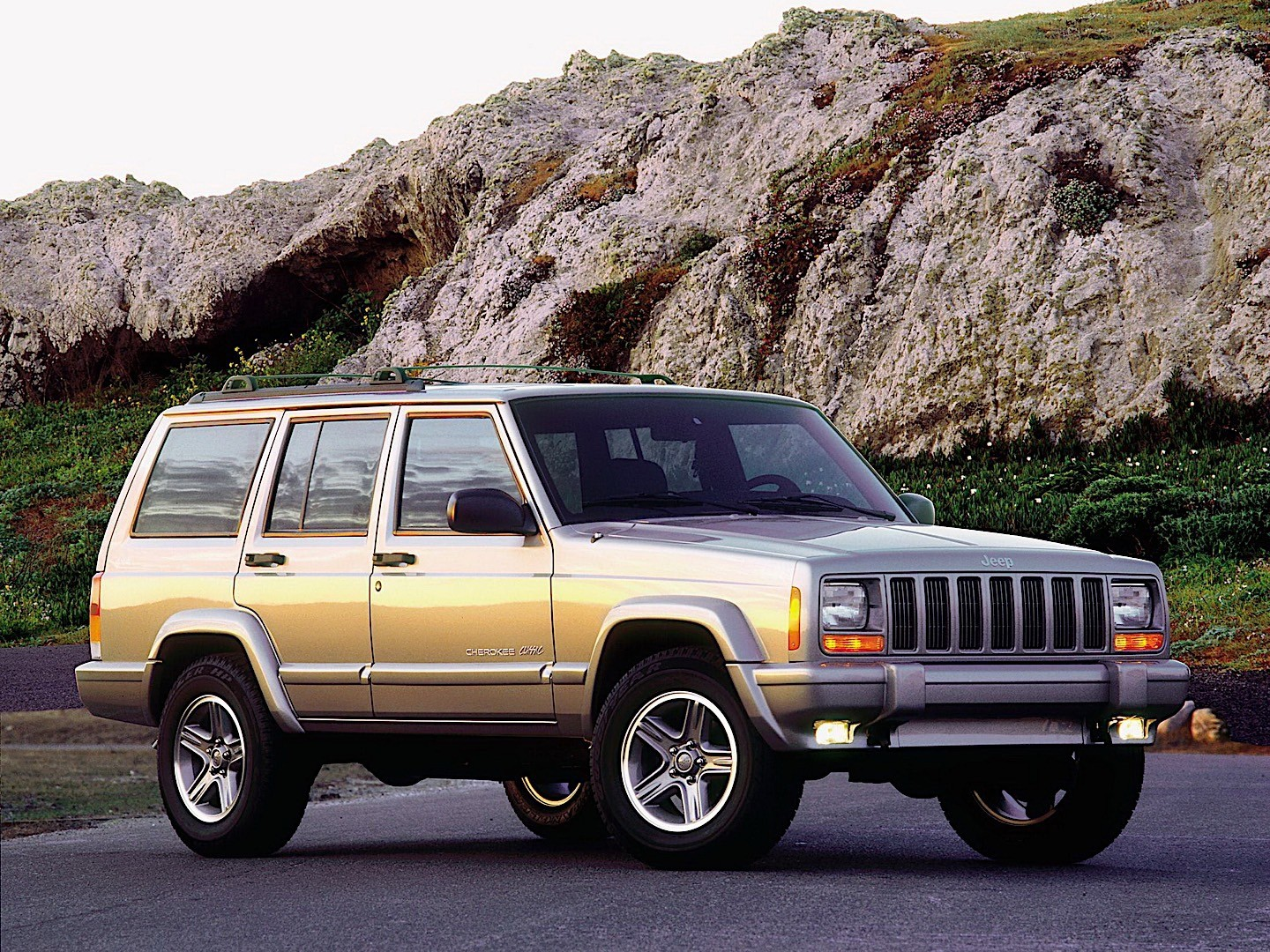 Jeep Cherokee Specs Photos 1997 1998 1999 2000 2001 Autoevolution