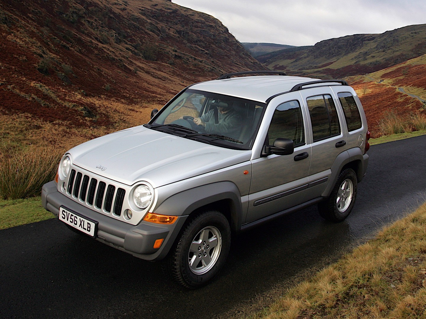 jeep cherokee liberty specs 2005 2006 2007 autoevolution. Black Bedroom Furniture Sets. Home Design Ideas