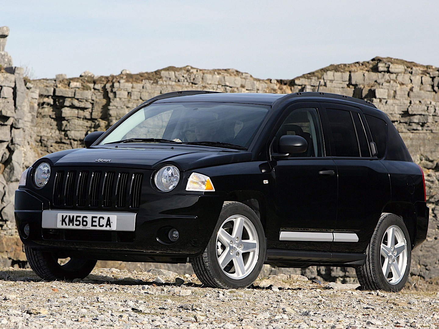 jeep compass specs 2006 2007 2008 2009 2010 2011 autoevolution. Black Bedroom Furniture Sets. Home Design Ideas