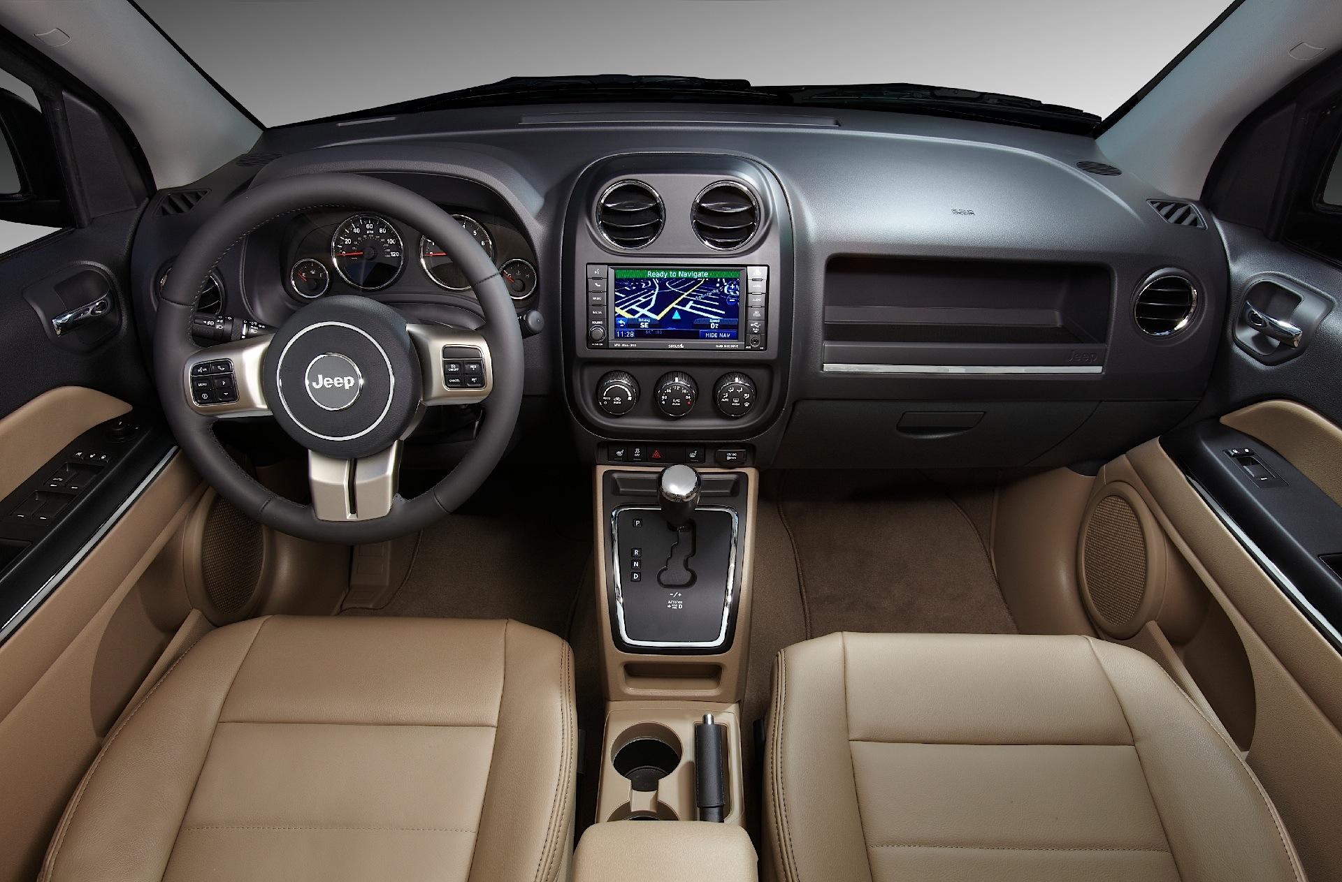 jeep compass specs 2011 2012 2013 2014 2015 2016 autoevolution. Black Bedroom Furniture Sets. Home Design Ideas