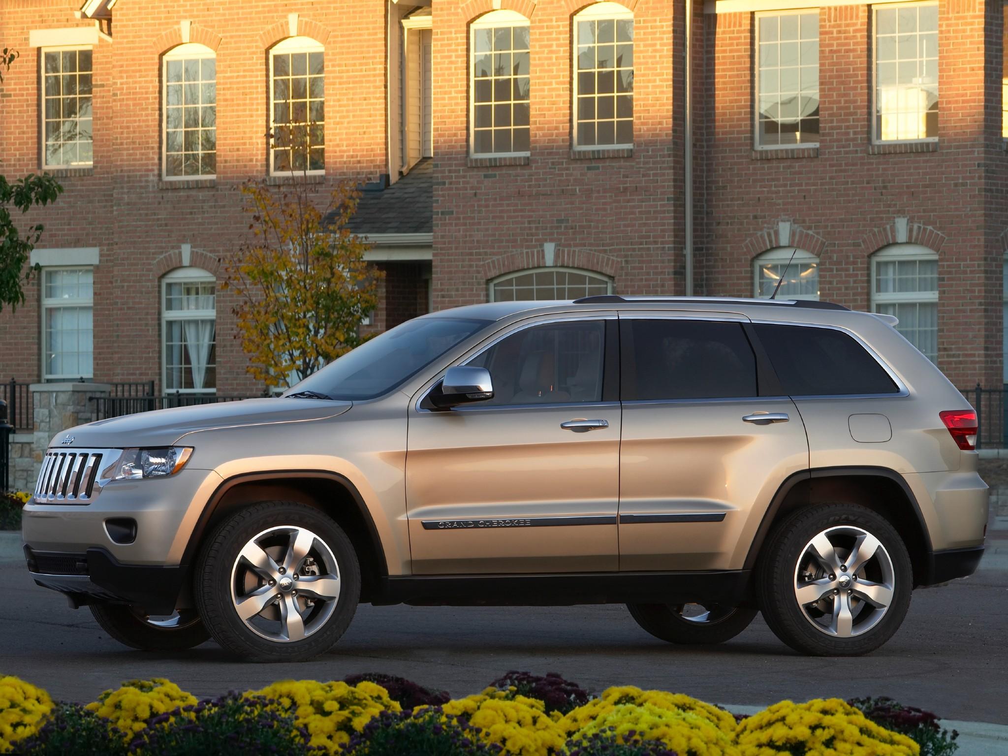 jeep grand cherokee specs 2010 2011 2012 2013 autoevolution. Black Bedroom Furniture Sets. Home Design Ideas