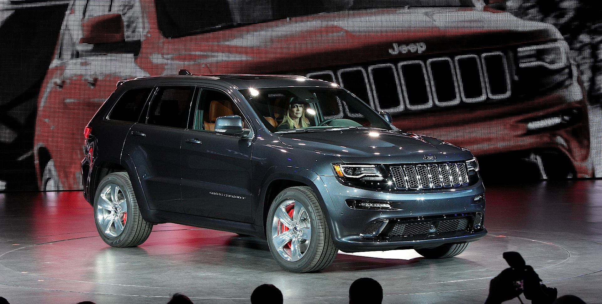 JEEP Grand Cherokee SRT specs & photos - 2013, 2014, 2015 ...