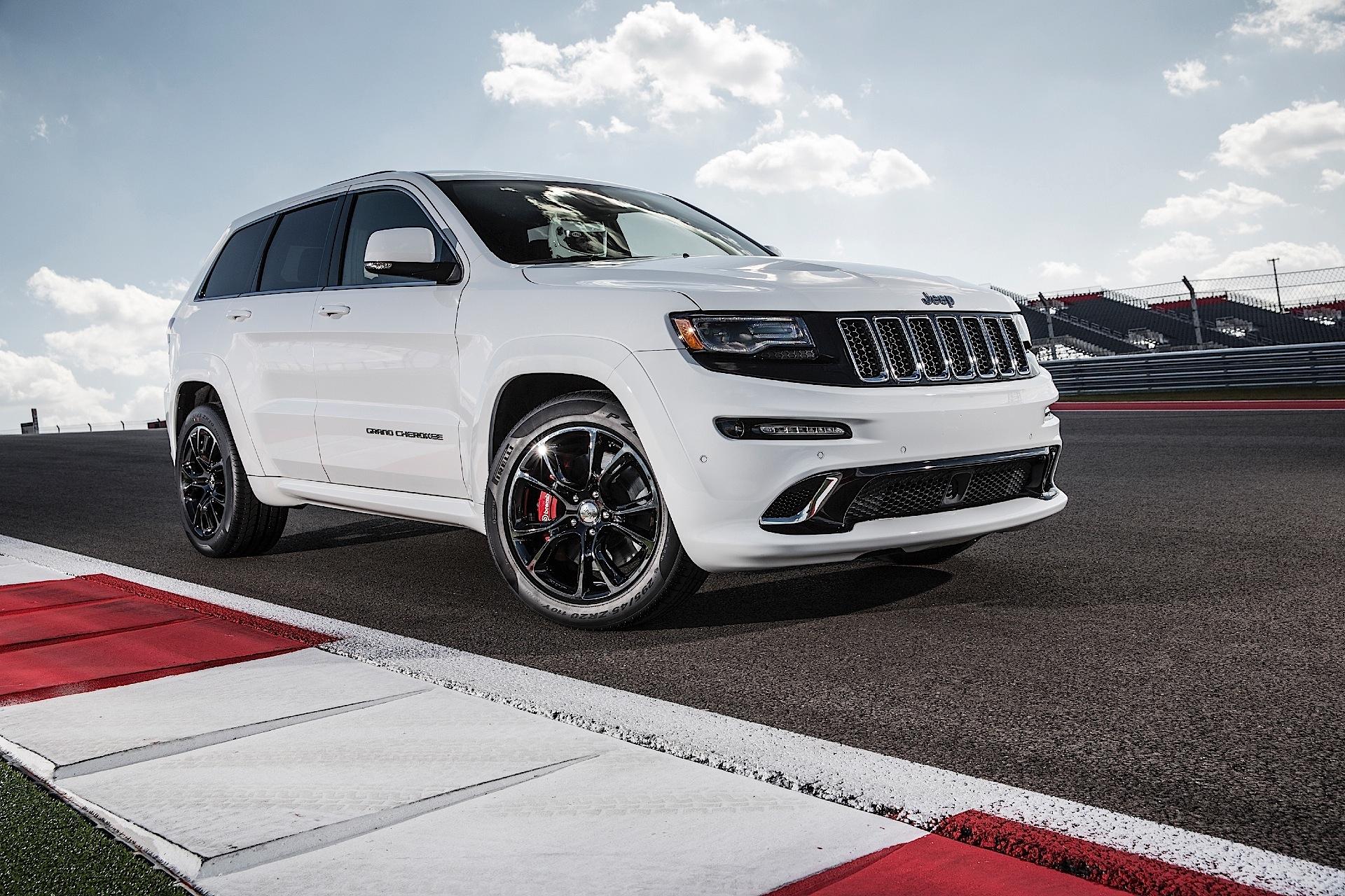 Jeep Grand Cherokee Srt Specs Photos 2013 2014 2015 2016 2017 2018 2019 2020 Autoevolution