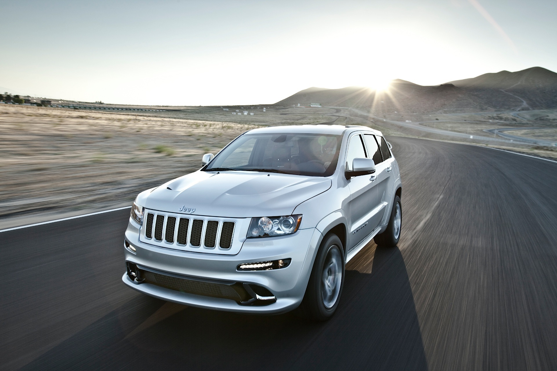 JEEP Grand Cherokee SRT-8 - 2012, 2013, 2014 - autoevolution