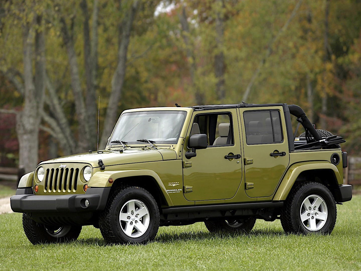 Jeep Wrangler Unlimited on Jeep Cherokee 2 8 2010 Specs And Images