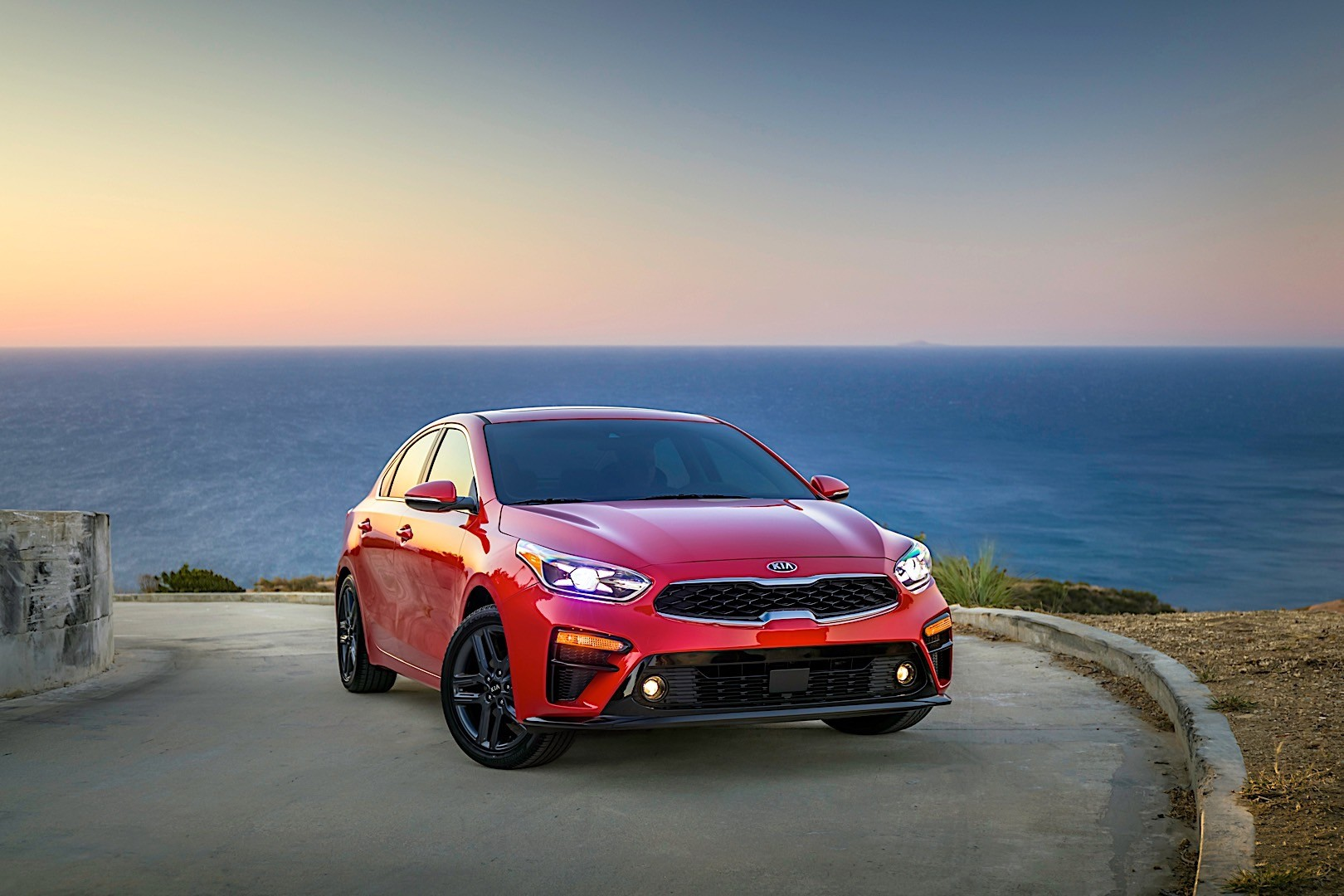 kia forte specs 2018 autoevolution. Black Bedroom Furniture Sets. Home Design Ideas