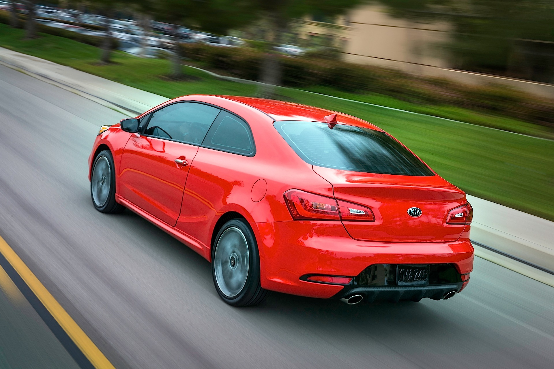 kia forte koup specs photos 2013 2014 2015 2016 2017 2018 autoevolution. Black Bedroom Furniture Sets. Home Design Ideas