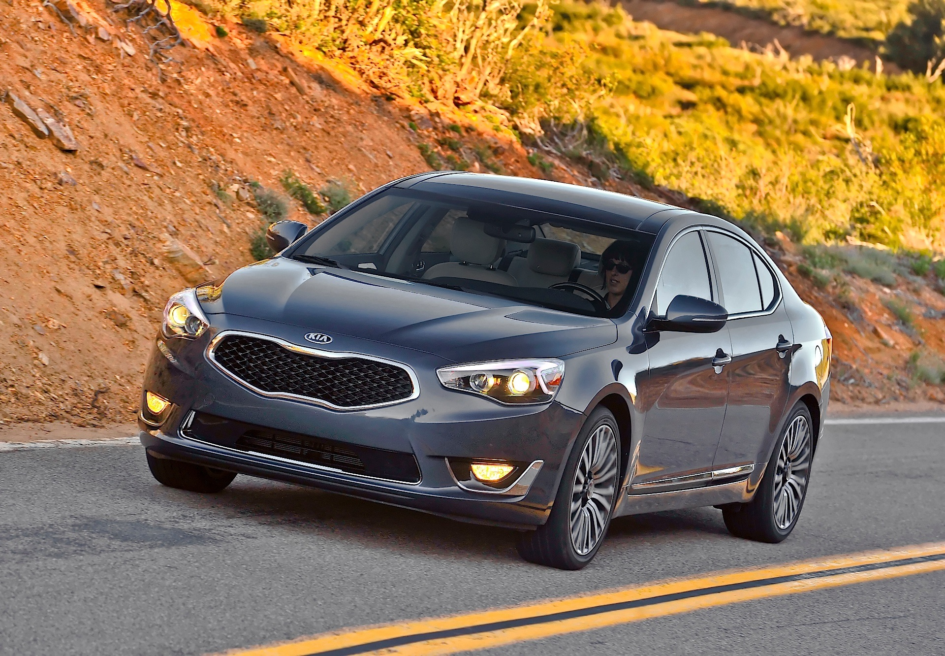 kia k7  cadenza specs  photos  2013 2014 2015 2016