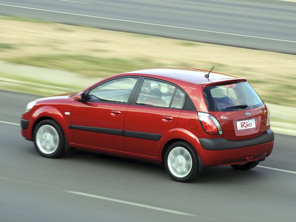 Kia Rio Hatchback Specs Amp Photos 2005 2006 2007 2008