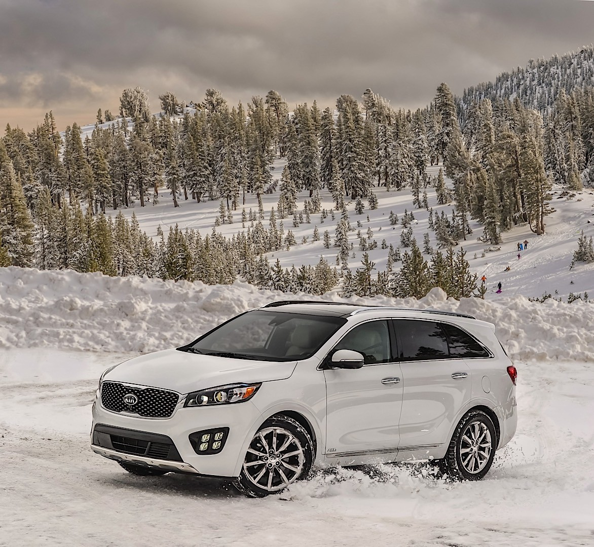 KIA Sorento Specs & Photos