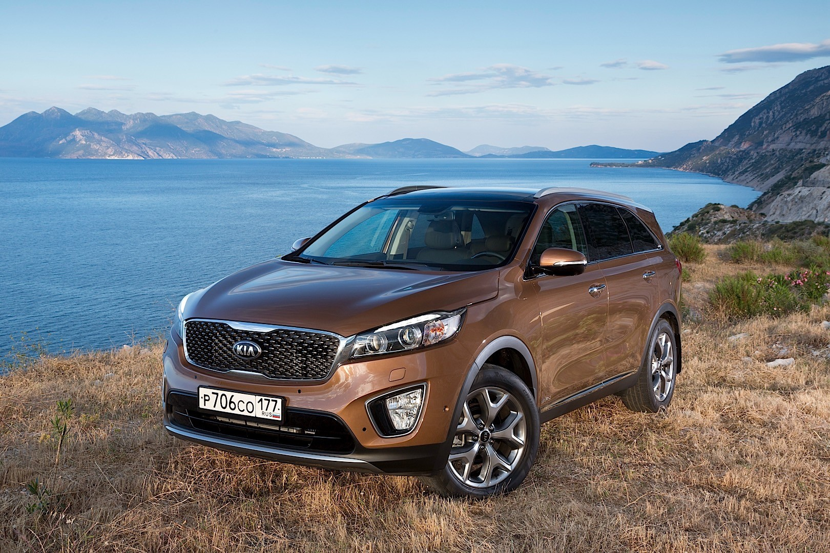 kia sorento specs 2014 2015 2016 2017 autoevolution. Black Bedroom Furniture Sets. Home Design Ideas