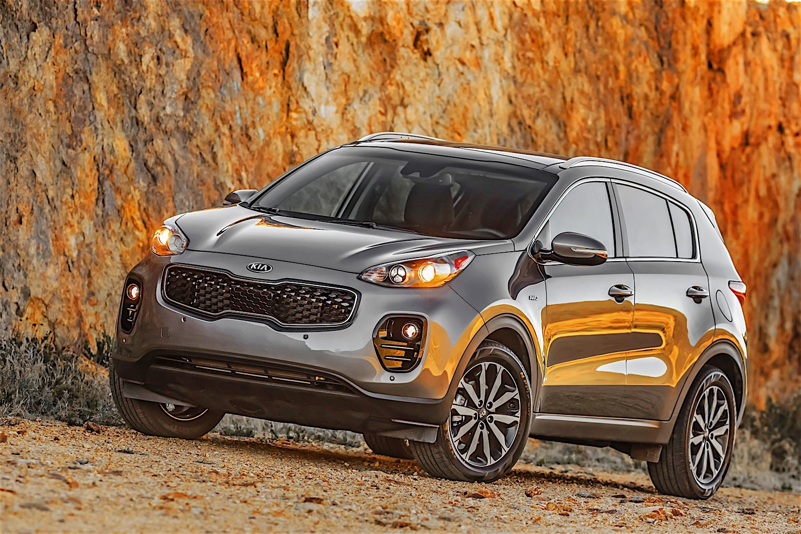 kia sportage specs 2015 2016 2017 2018 autoevolution. Black Bedroom Furniture Sets. Home Design Ideas