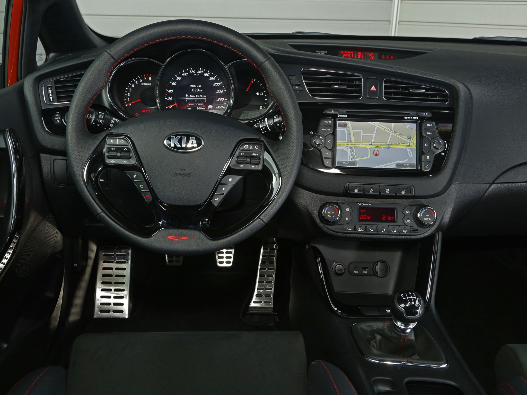 kia pro cee d gt specs 2013 2014 2015 2016 2017 2018 autoevolution. Black Bedroom Furniture Sets. Home Design Ideas