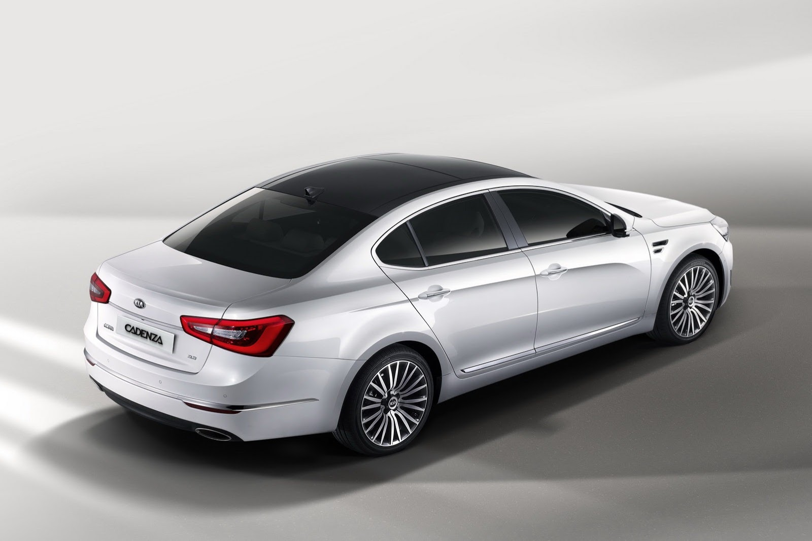 Kia Ceed Engine >> KIA K7 / Cadenza specs & photos - 2013, 2014, 2015, 2016 ...
