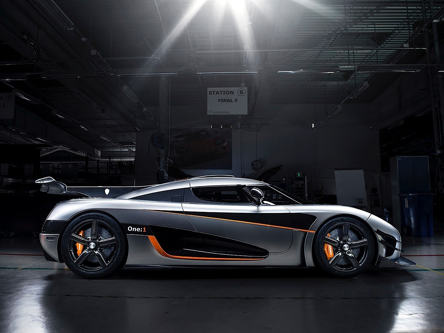 koenigsegg one 1 specs 2014 2015 autoevolution. Black Bedroom Furniture Sets. Home Design Ideas