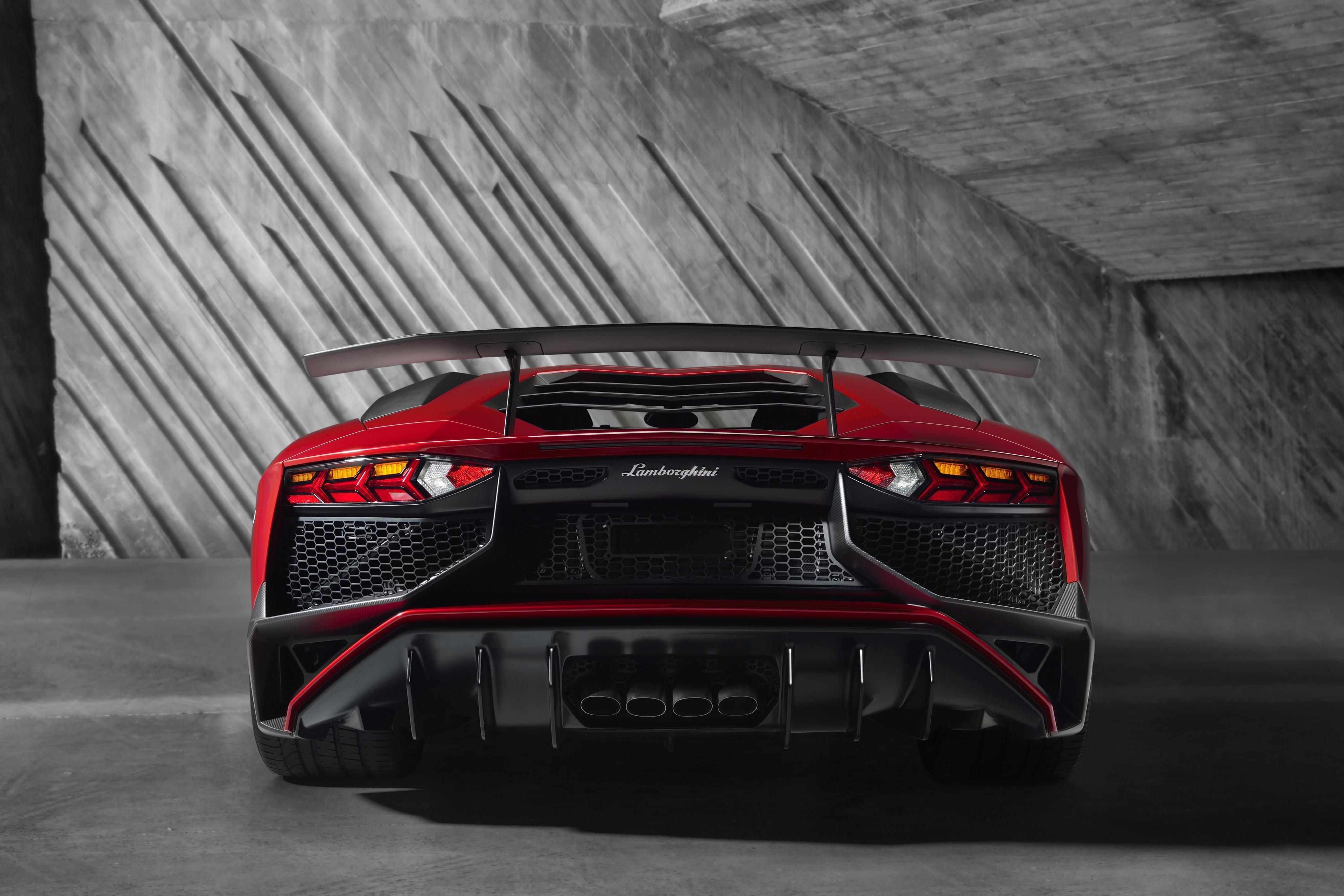 Lamborghini Aventador Lp750 4 Sv Specs 2015 2016 2017